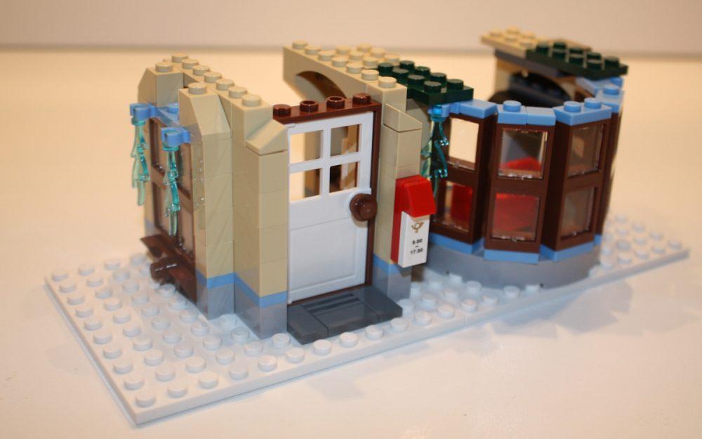 LEGO 10222 Winter Postkantoor ramen