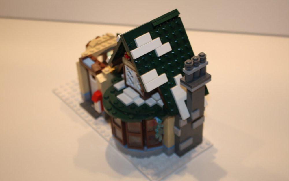 LEGO 10222 Winter Postkantoor dak sneeuw