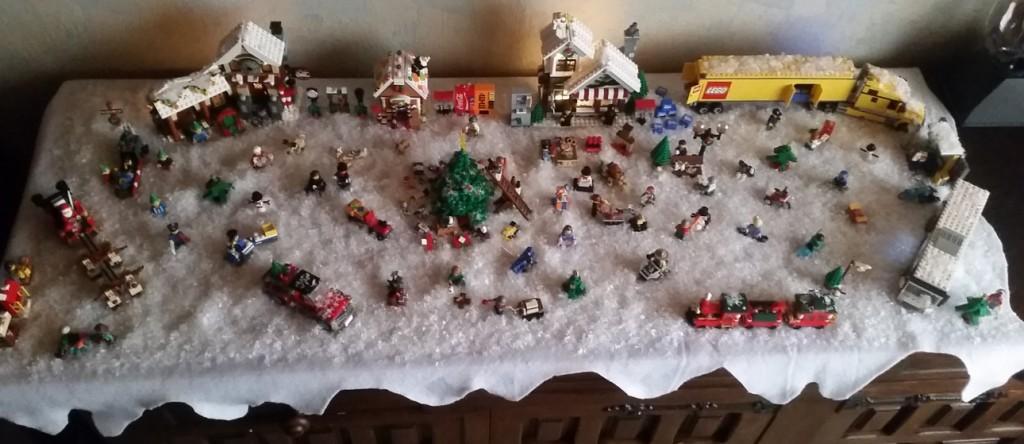 LEGO Kerstdorp van Steve Sterpigny