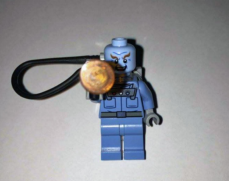 lego-superheroes-mrfreeze1