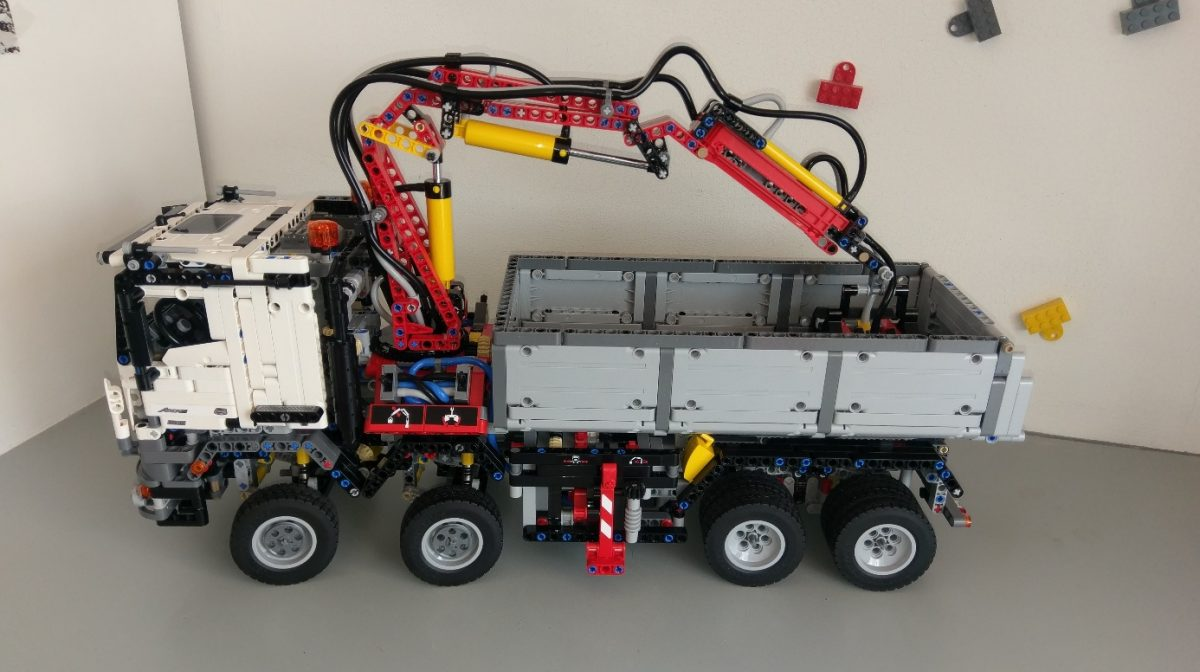 review lego technic 42043 mercedes benz arocs. Black Bedroom Furniture Sets. Home Design Ideas