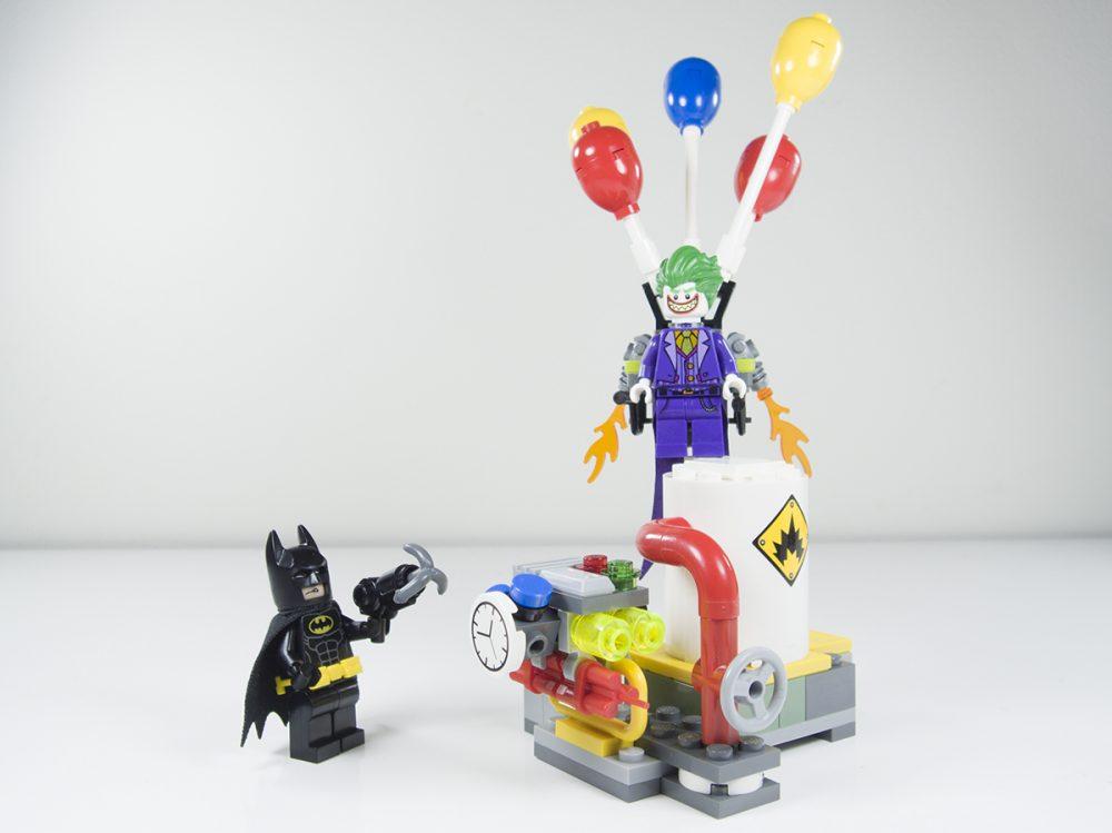 review lego batman movie 70900 the joker balloon escape. Black Bedroom Furniture Sets. Home Design Ideas