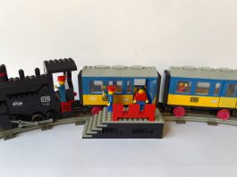 LEGO 7710 Push-Along Train