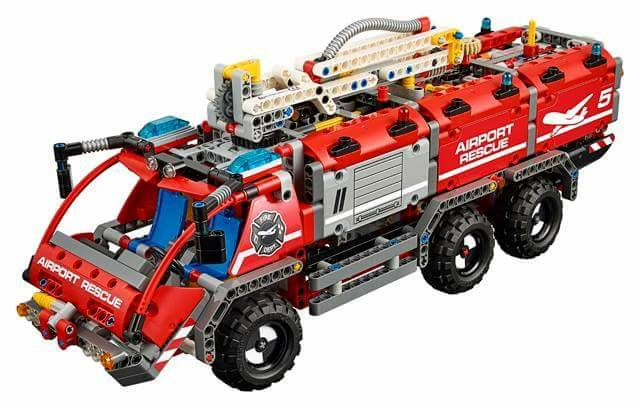 LEGO Technic 42068 Airport Rescue Vehicle