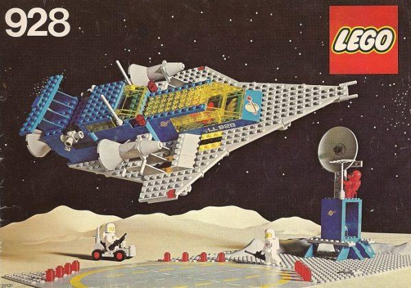 LEGO 928Space Cruiser And Moonbase