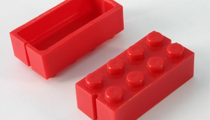Automatic Binding Bricks