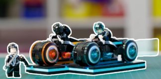 LEGO Ideas 21314 TRON Legacy Designer Video