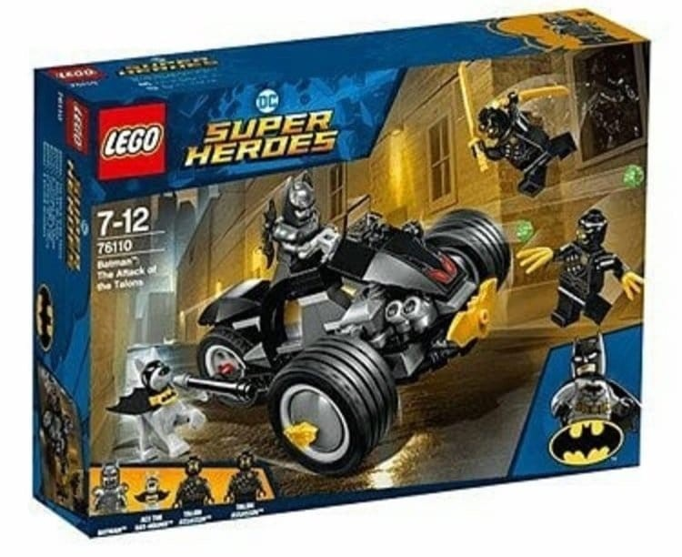 LEGO DC Comics 76110 Batman The Attack of the Talons