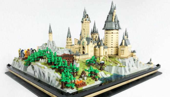 LEGO Harry Potter 71043 Hogwarts Castle microschaal