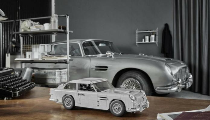 LEGO Creator 10262 Aston Martin Designer Video