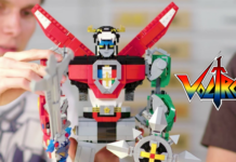LEGO Ideas 21311 Voltron Designer Video