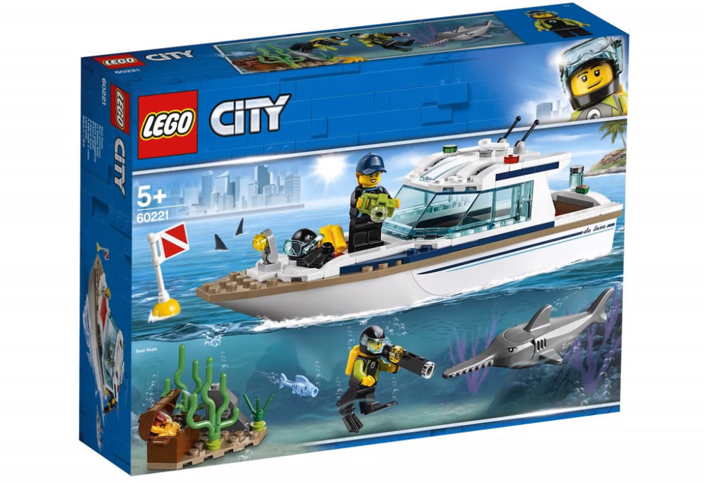 LEGO City60221 Diving Yacht