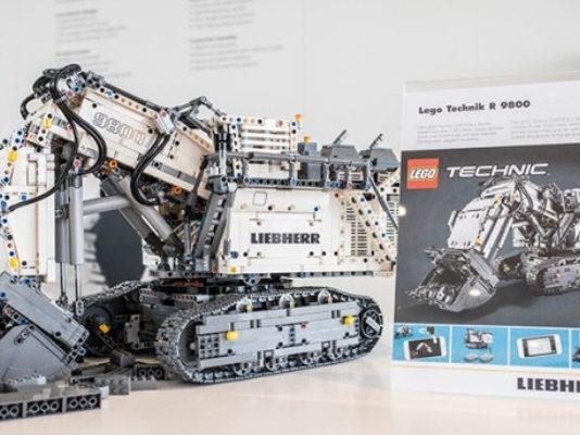 LEGO Technic 42100 Liebherr R9800 onthuld