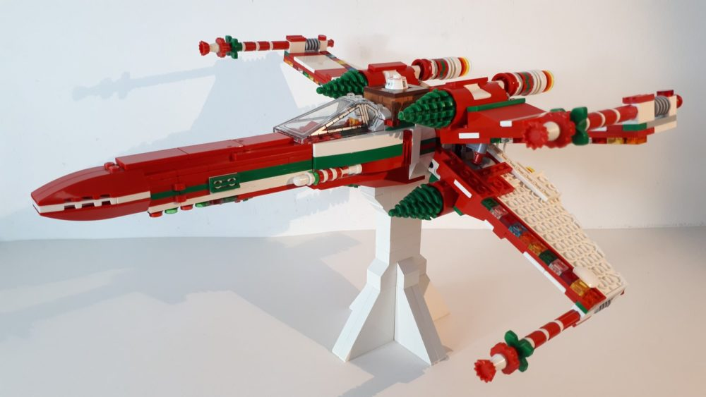 Xmas Wing Fighter - Kirk Haksever