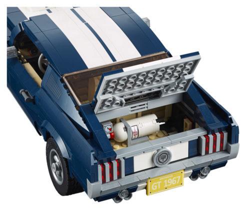 LEGO 10265 trunk