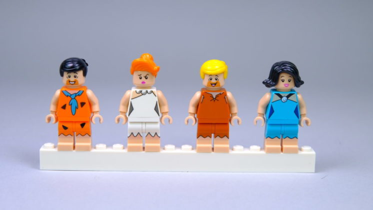 LEGO Ideas 21316 The Flintstones - Minifigs front