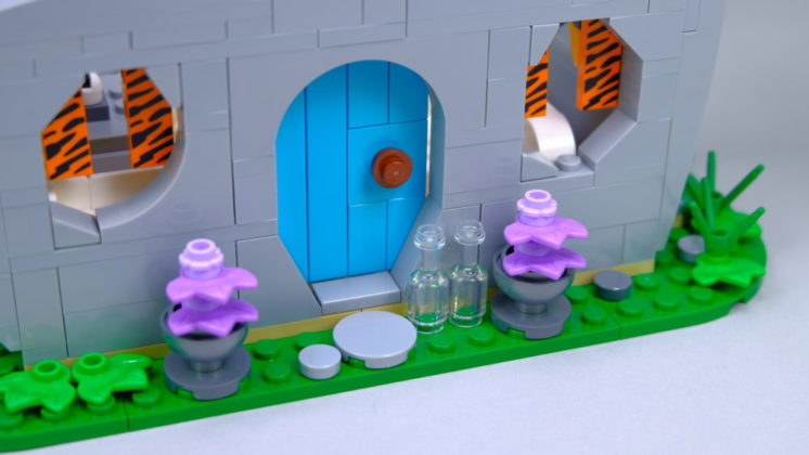 LEGO Ideas 21316 The Flintstones - door