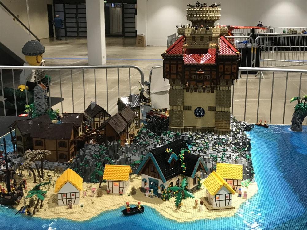 LEGO Kapten Sabeltand