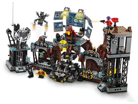 LEGO Batman76122 Batcave Clayface Invasion