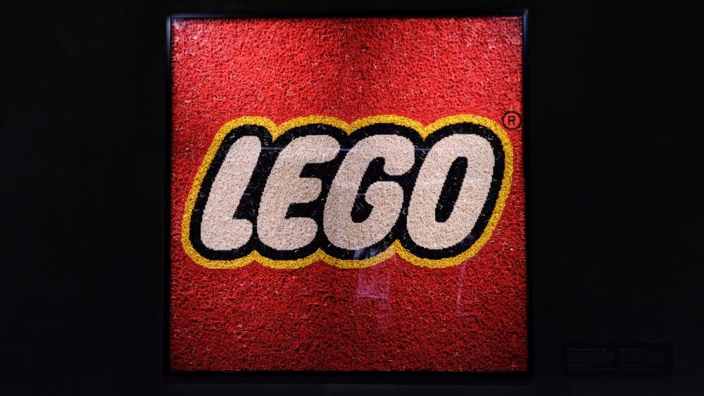 LEGO logo LEGO House