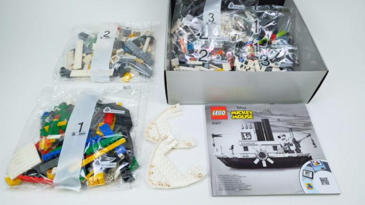 LEGO Ideas 21317 inhoud doos