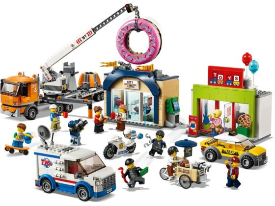 LEGO City 60233 Donut Shop Opening