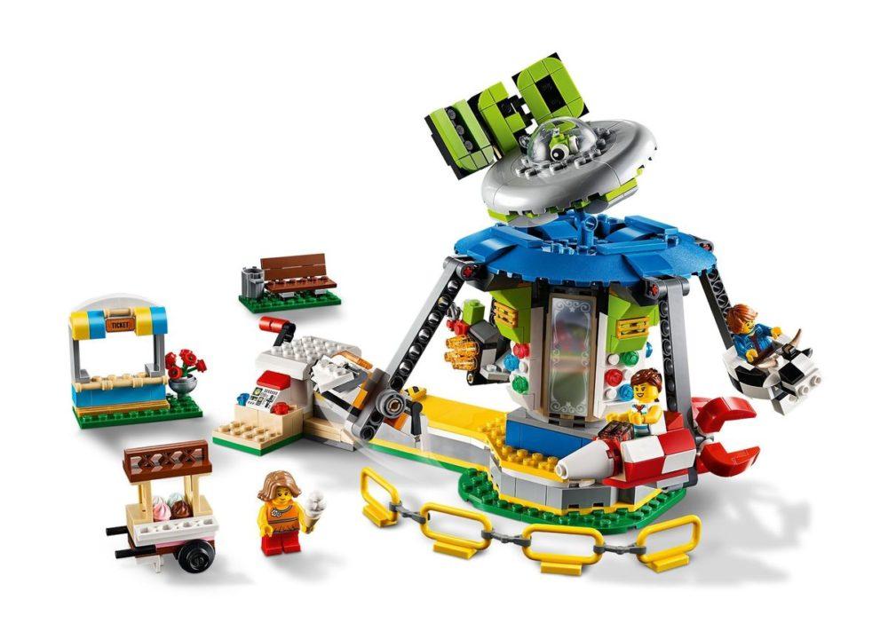 LEGO-Creator-31095-Carousel-1.jpg
