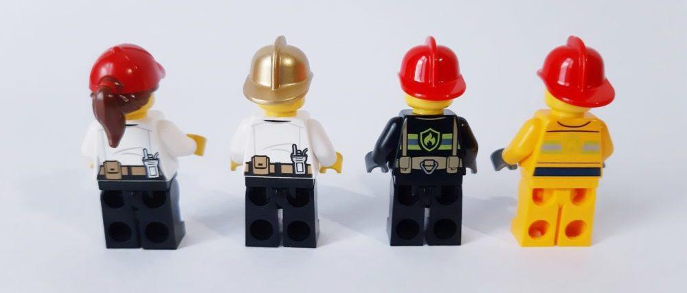 LEGO City 60215 Minifigures back