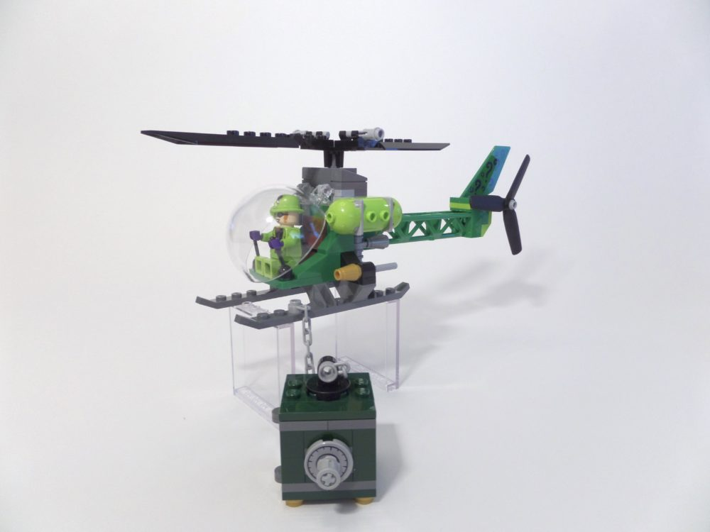 LEGO DC Superheroes 76120 Batman Batwing and the Riddler Heist