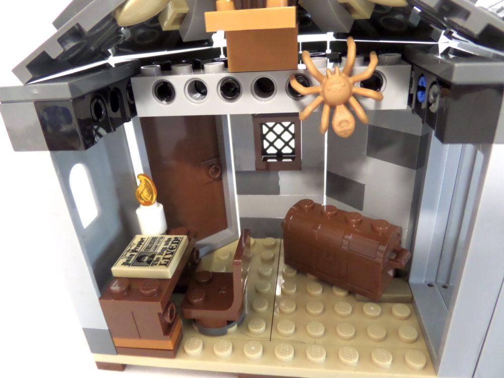 LEGO Harry Potter 75947 Hagrid's Hut: Buckbeak's Rescue