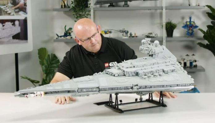 LEGO 75252 Imperial Star Destroyer Designer Video