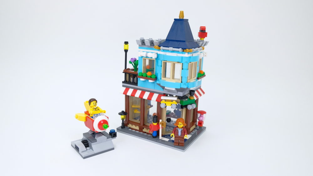 LEGO Creator 31105 Townhouse Toy Store