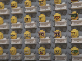 Productie LEGO Collectable Minifigures